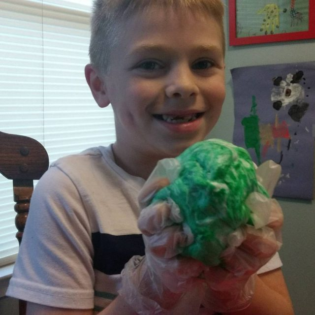 This diy fluffy slime is so much fun and ishellip