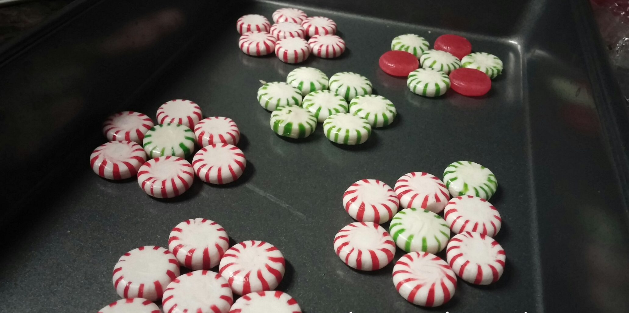 DIY Peppermint Candy Lollipop and Suckers