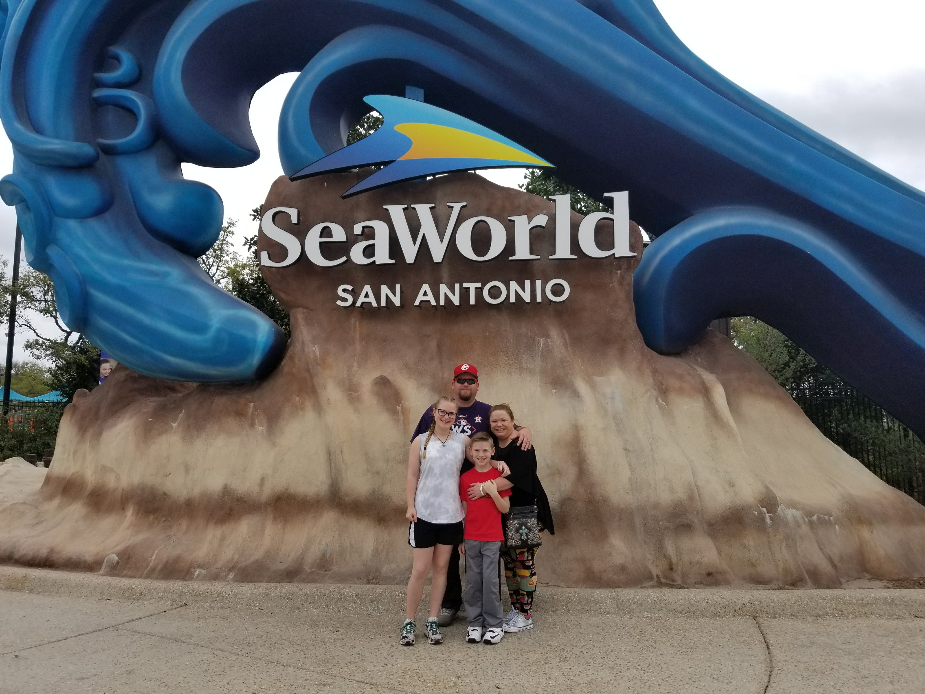 A Mom's Guide To Planning The Perfect Day At SeaWorld San Antonio