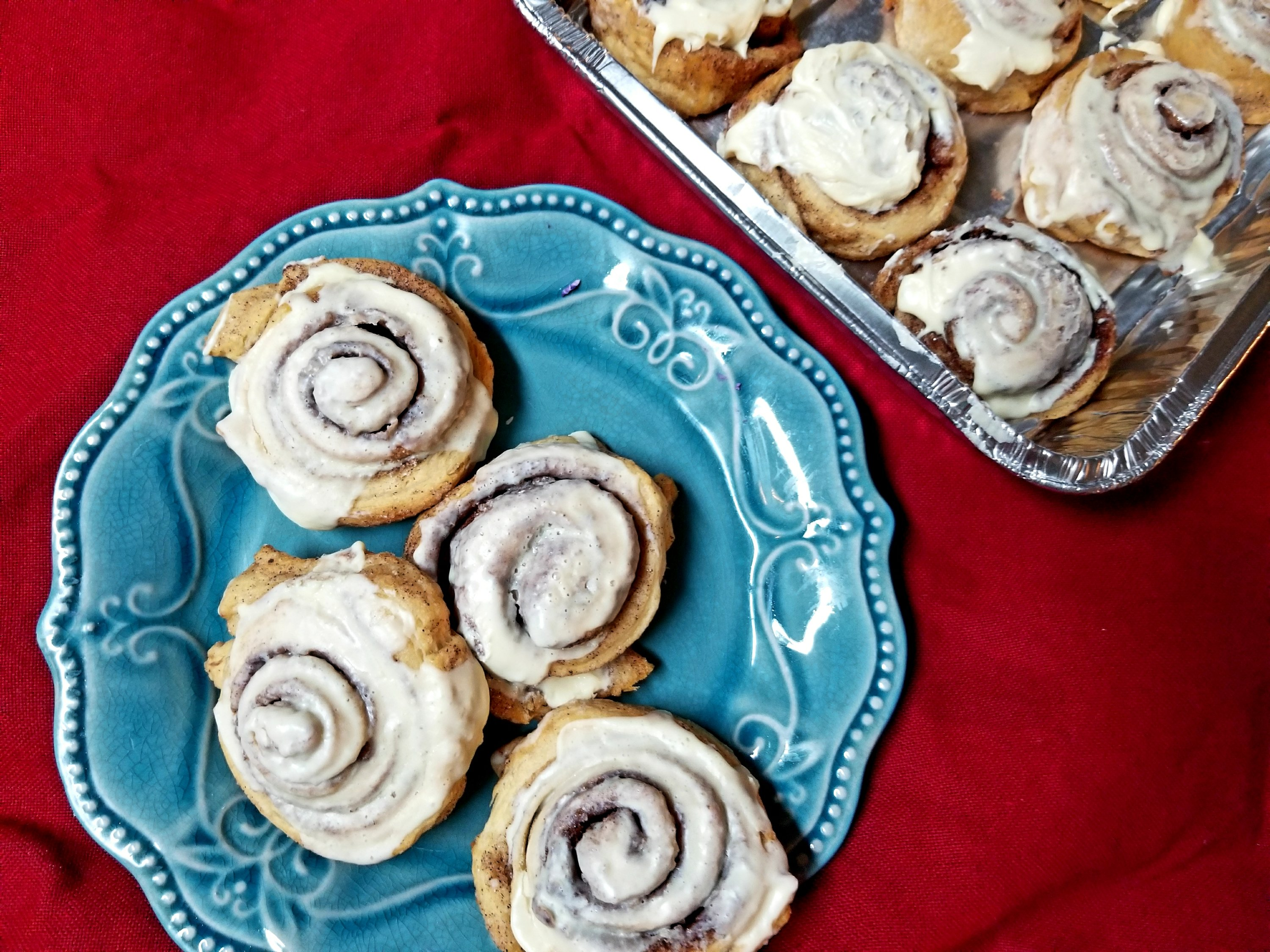 TheseSuper Easy Semi Homemade Cinnamon Rolls are amazing! It only takes minutes to make and tasks like it took hours to make. They are gooey and sweet and hit the spot!