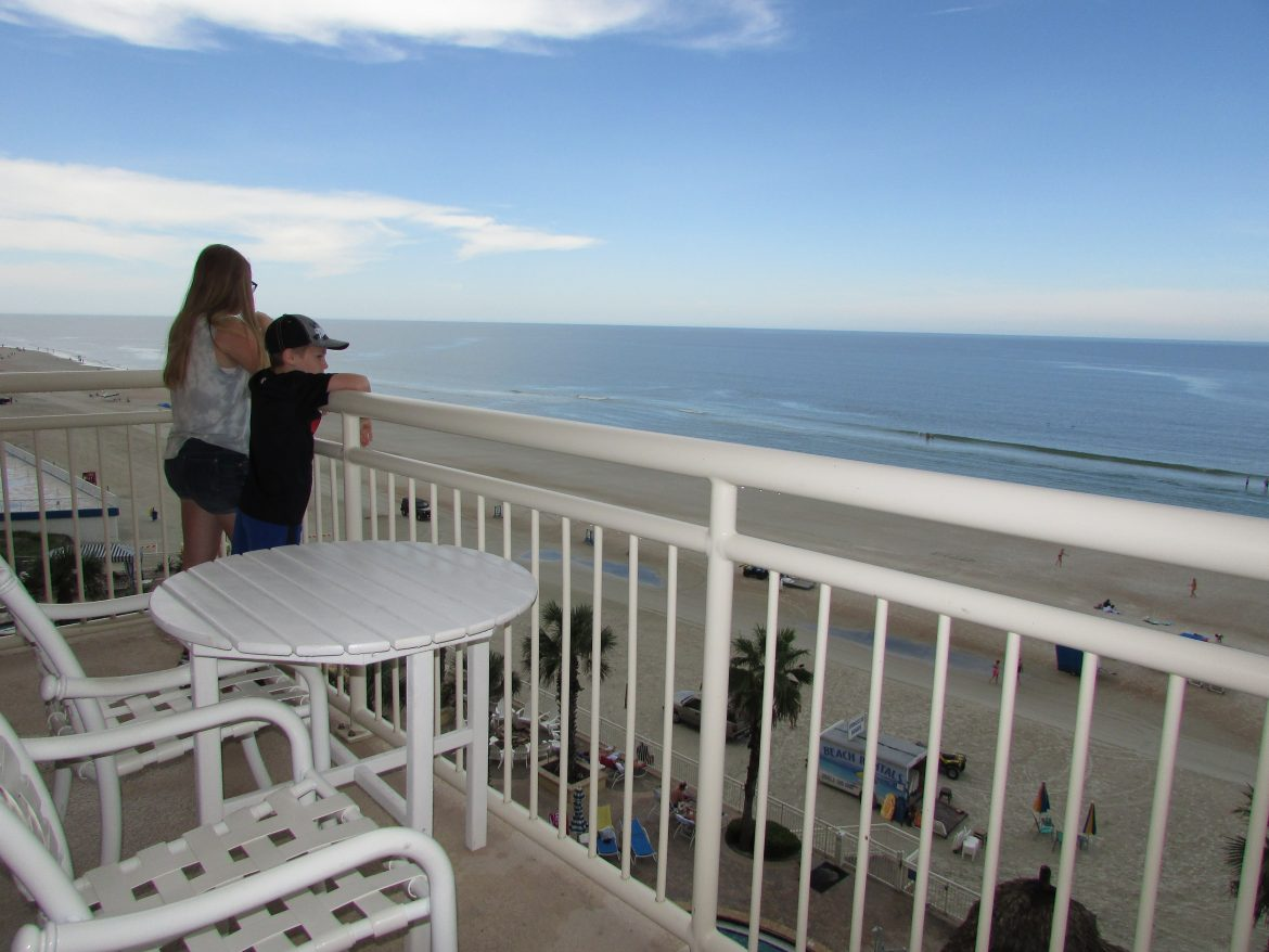 Heading to Daytona Beach? You have to check out tThe Shores Resort and Spa at Daytona Beach Florida. It is perfect for kids and adults! Feel worlds away at this retreat! #ad
